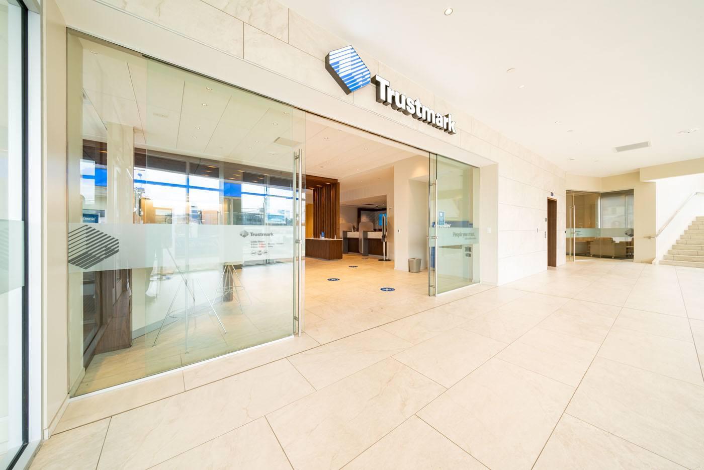 Trustmark Bank Interior